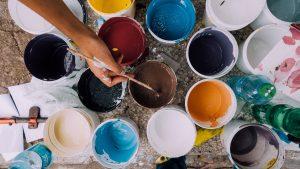 testa färger innan du målar köksluckor