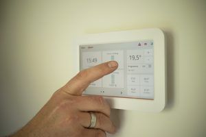 Styr inomhusklimatet med värmepump