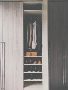 med en platsbyggd garderob får du exakt den design du vill